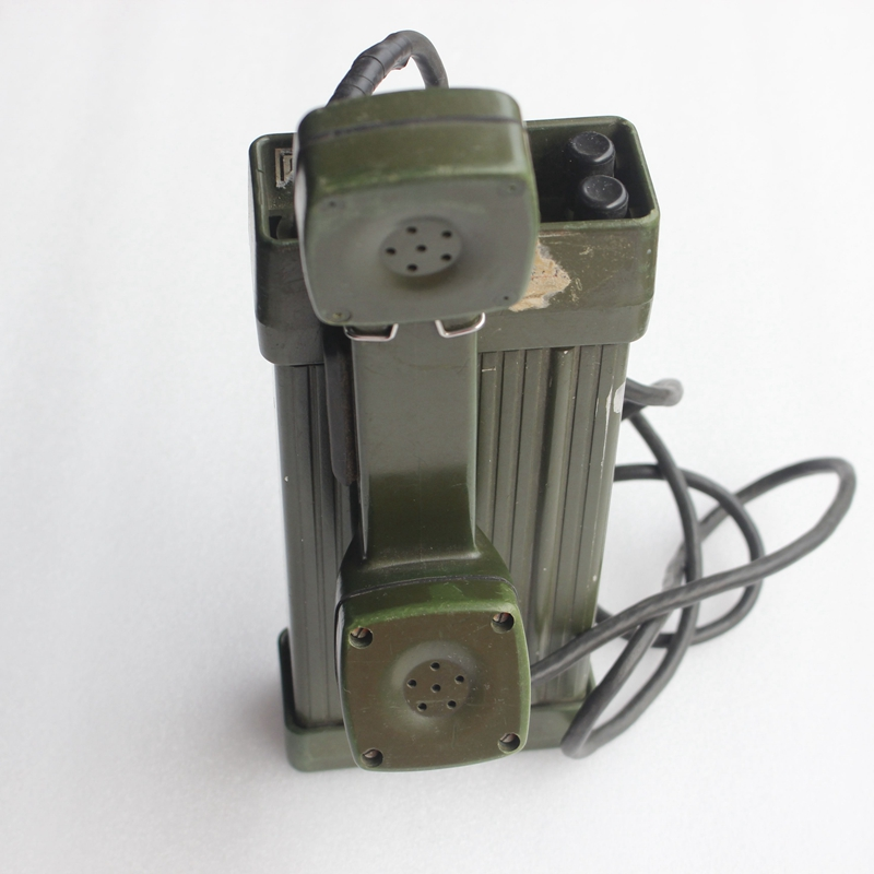 Disassembly HDX-1A magnet field ore well portable electronic telephone film and television props display