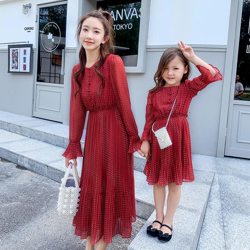 森吉2019秋装新款红白复古连衣裙10月15日最新优惠