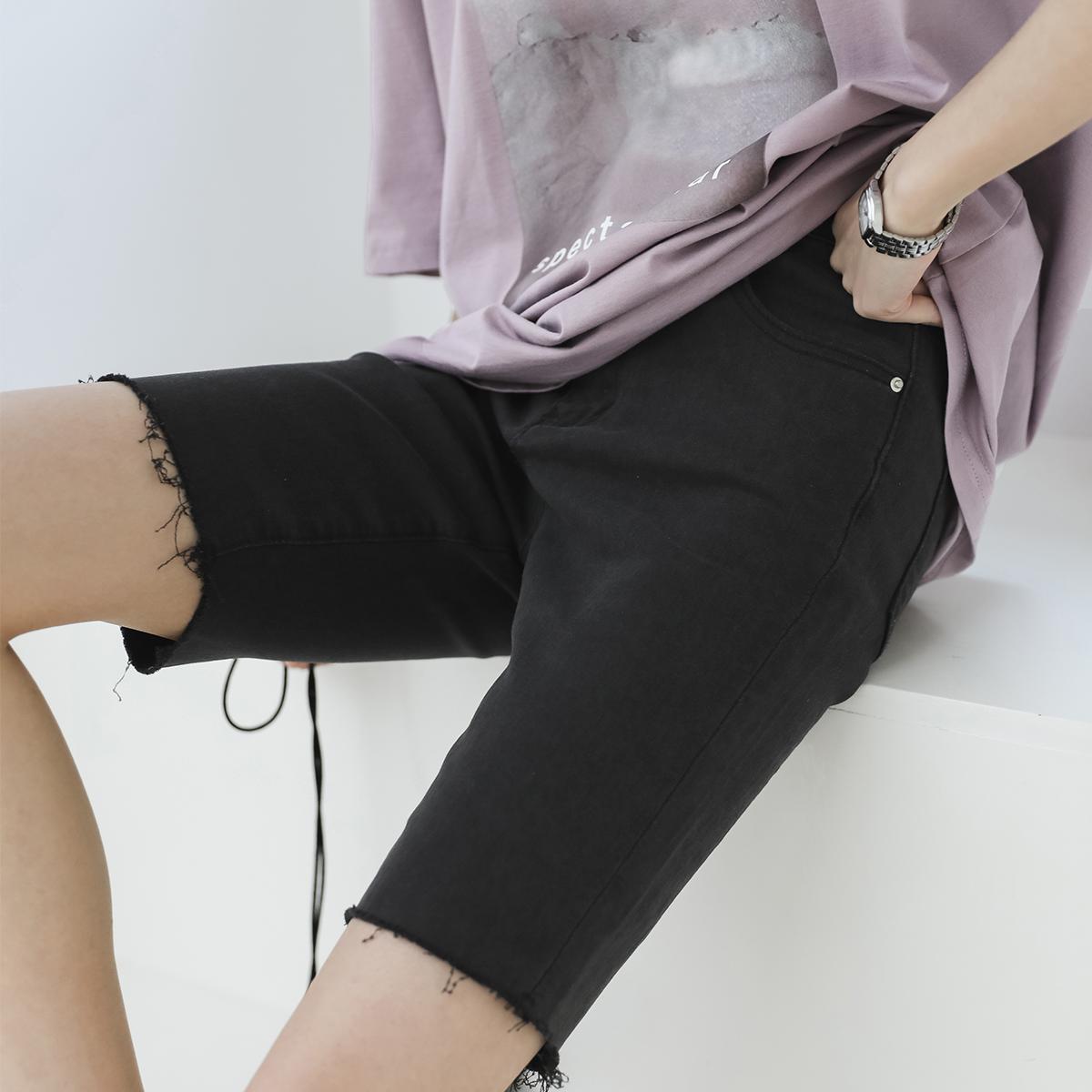 金大班雾气2020春季新款复古深色紧身弹力牛仔短裤骑士裤子女潮酷图片
