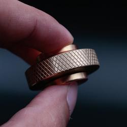 指尖陀螺金属盗梦空间纯铜指尖芭蕾无阻力小旋风手捻轴承减压玩具