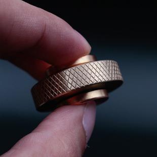 指尖陀螺金屬盜夢空間純銅指尖芭蕾無阻力小旋風手捻軸承減壓玩具