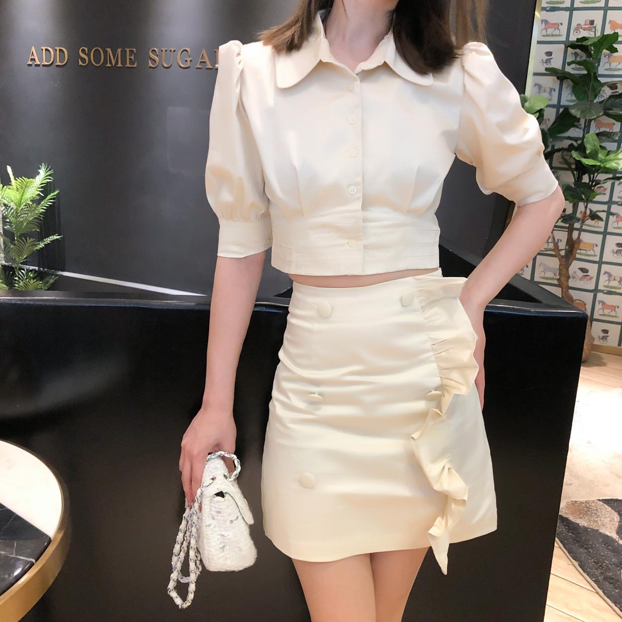 10月14日最新优惠贵气复古宫廷风套装 澳洲潮牌设计感双排扣女 收腰显瘦两件套裙