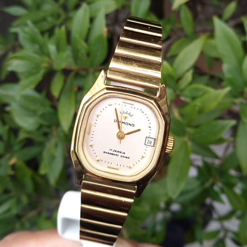 上海ダイヤの機械式腕時計の手動の機械式の時計の経典の復古の古い時計の在庫の腕時計の鋼帯の女性の時計
