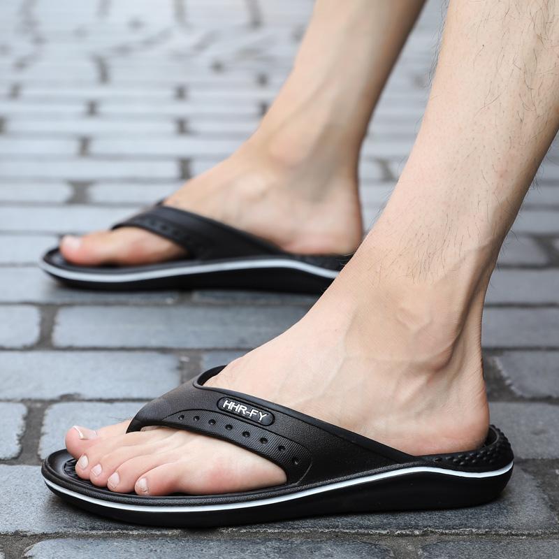 夏季人字?#22799;?#22763;防滑夹脚橡胶室外休闲沙滩凉拖鞋时尚外穿一体?#23578;? /></a><div  class=