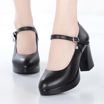 走秀鞋 女 模特粗跟人好不好用吗