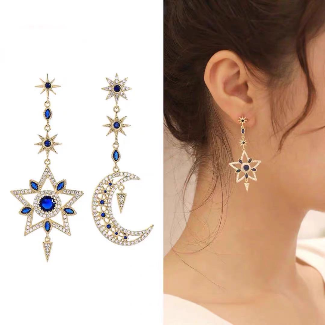 Japan and South Korea star moon long exaggerated Earrings female 925 silver needle temperament anti allergy fashion net red Earrings popular Earrings