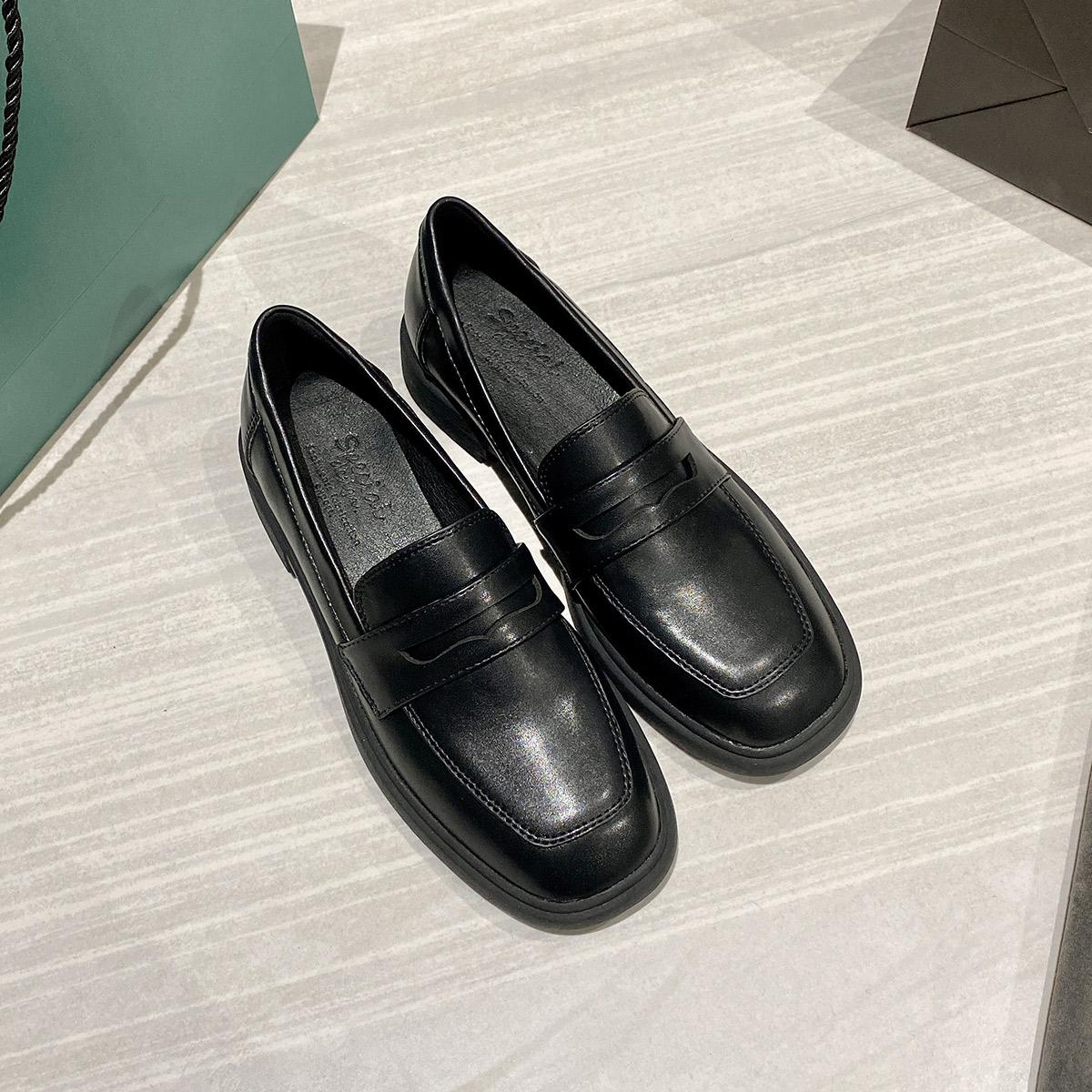 英伦风小皮鞋女鞋2020春季新款2019潮鞋平底百搭乐福鞋春款单鞋子