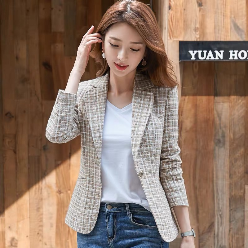 Small suit 2019 new net red plaid Blazer Jacket Womens Korean temperament British style womens spring and autumn short