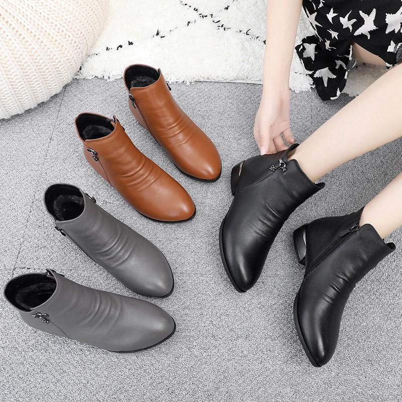 短靴女春秋季2021新款马丁靴女单靴粗跟真皮妈妈鞋单鞋百搭女鞋