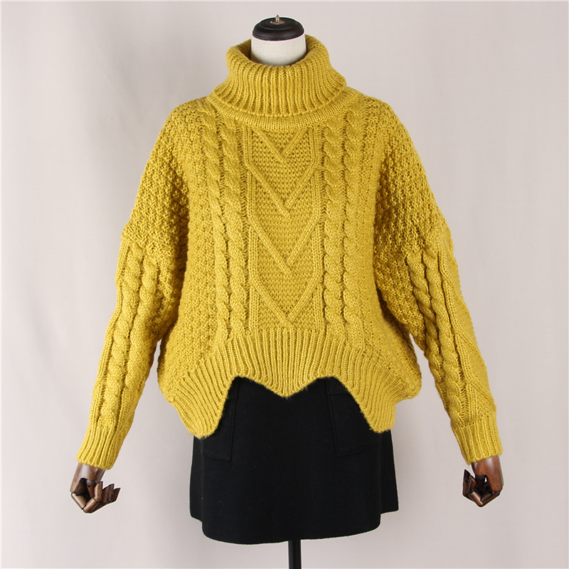 Retro High Neck twist thickened sweater womens autumn and winter loose thick needle bottomed sweater womens coat head short sweater