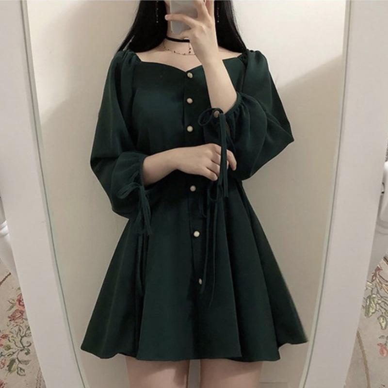 韩国chic复古法式洋气减龄暗黑系优雅单排扣收腰显瘦泡泡袖连衣裙