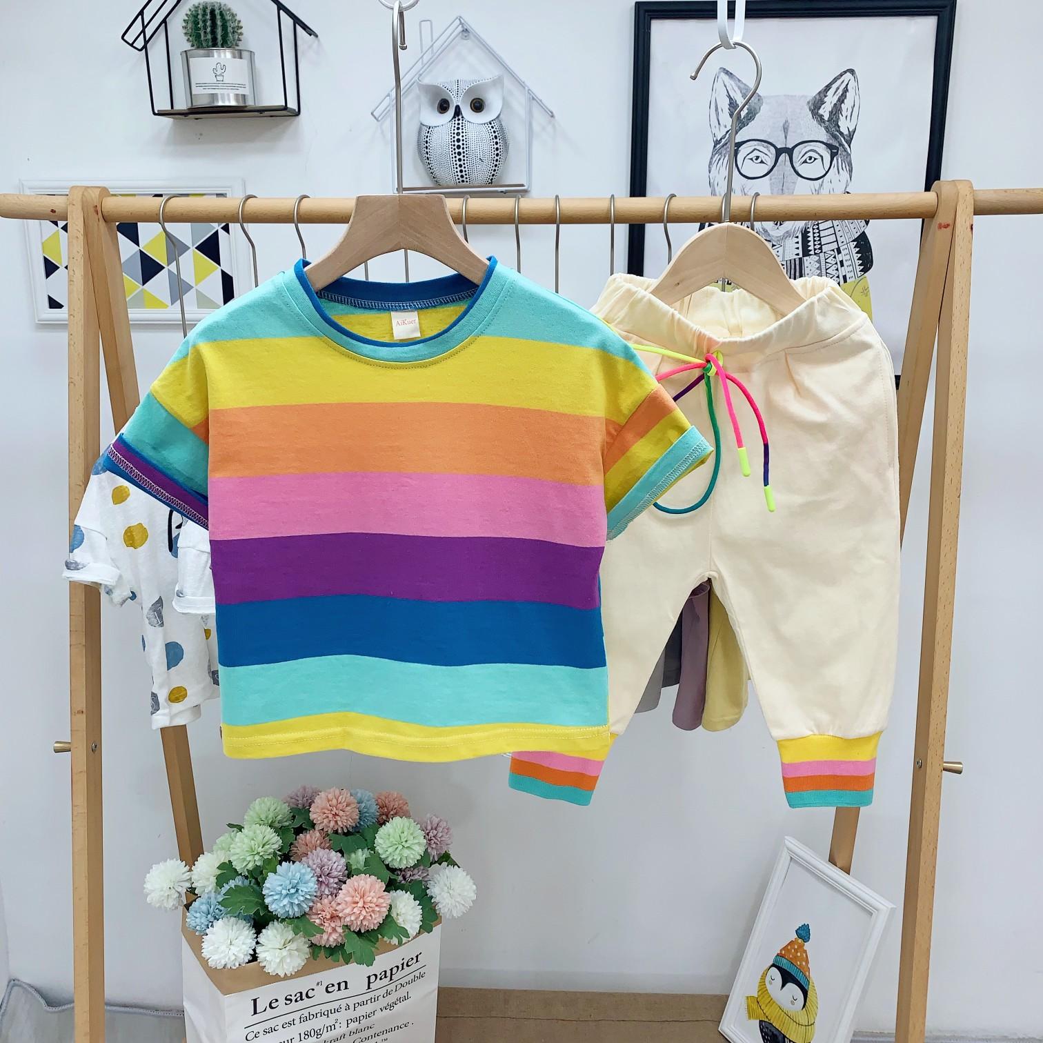 夏季套装1新款2男童韩版彩虹条纹短袖6儿童3岁宝宝t恤短裤两件套7