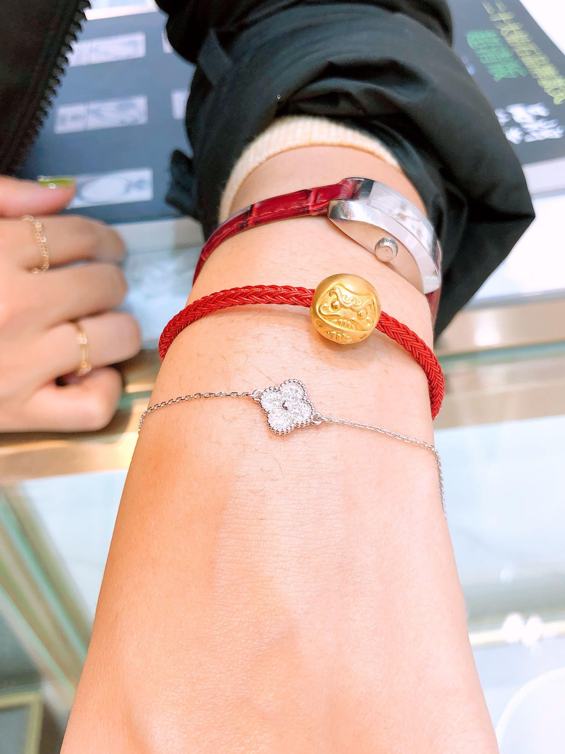 vca满钻小花手链 珠宝定制的18k金钻石手链 实体经营买家秀