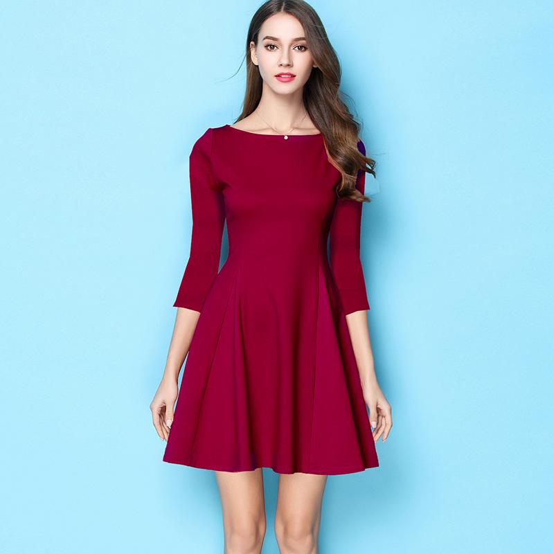 酒红连衣裙小个子红裙2020春秋冬显瘦a字短款赫本气质黑裙子礼服