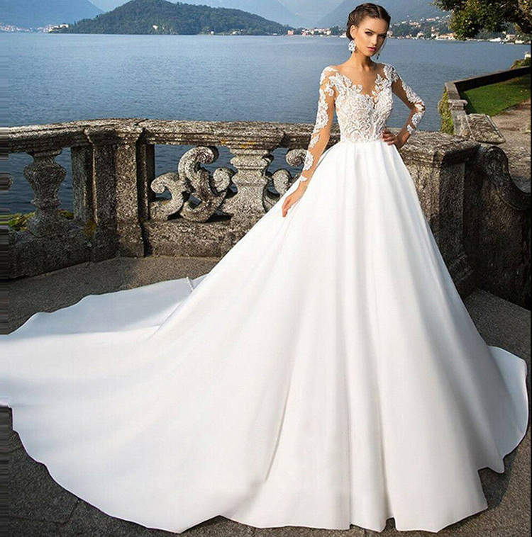 Satin Wedding Dress 2020 foreign trade new brides French Hepburn super Fairy Light main dress simple atmosphere one shoulder tail