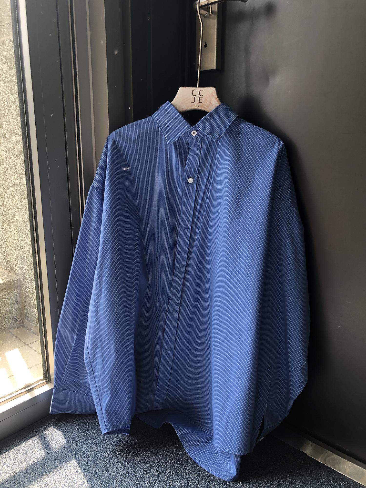 CCJE2019新款秋季蓝色细条纹衬衫韩版潮流宽松衬衣外套外穿男潮(用40元券)