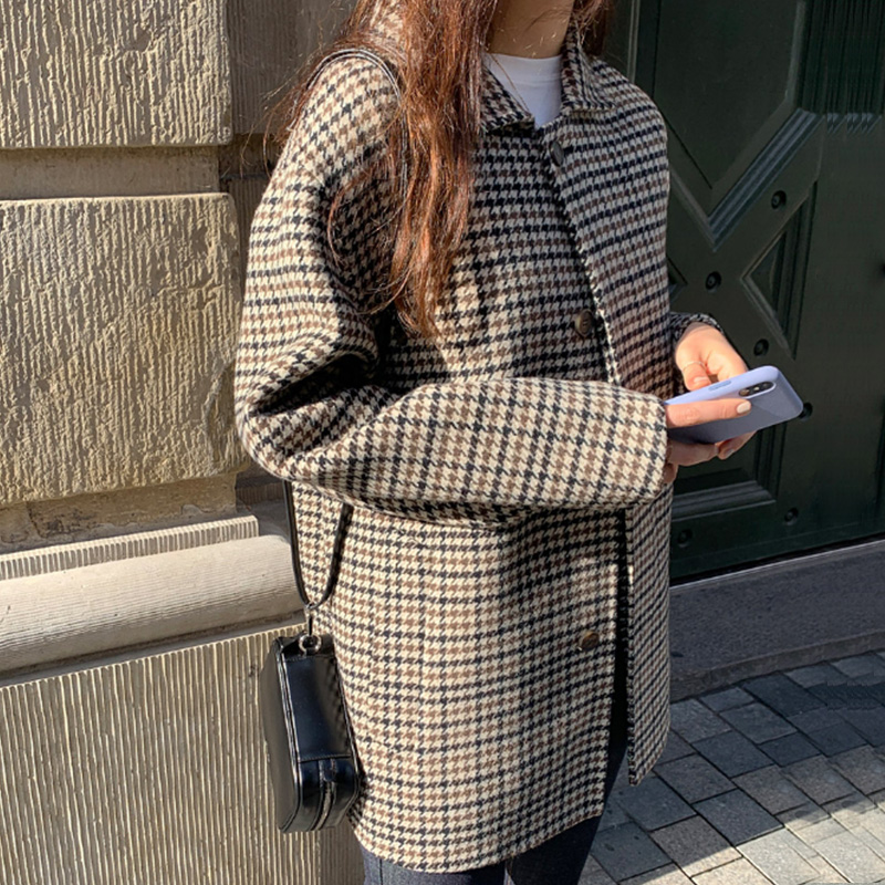 Autumn and winter 2021 new Korean Plaid suit coat womens loose and thin long woolen coat in British style