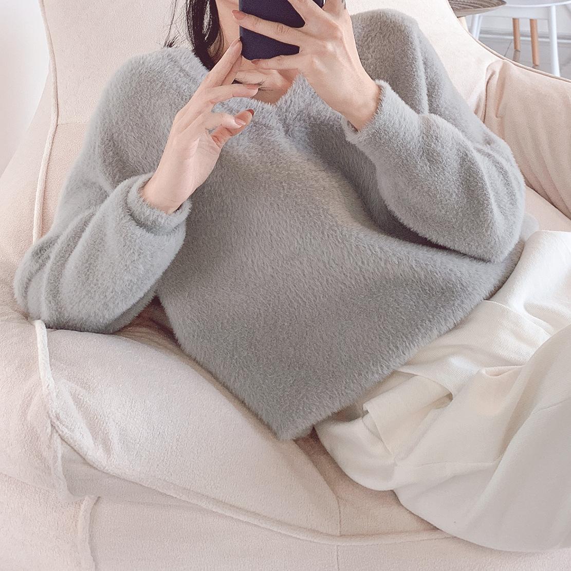 2019秋冬新品女装 韩国精品兔毛混纺仿黄金貂女士V领后领镂空毛衣