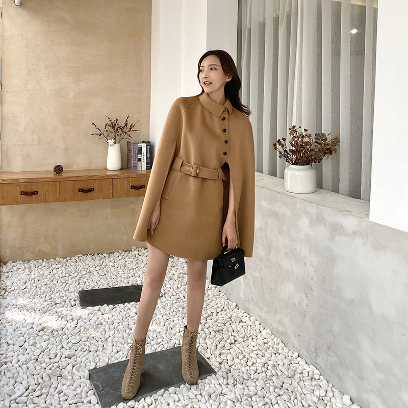 Double sided cashmere coat womens autumn / winter 2020 Cape double face tweed womens woolen coat Hepburn medium length small