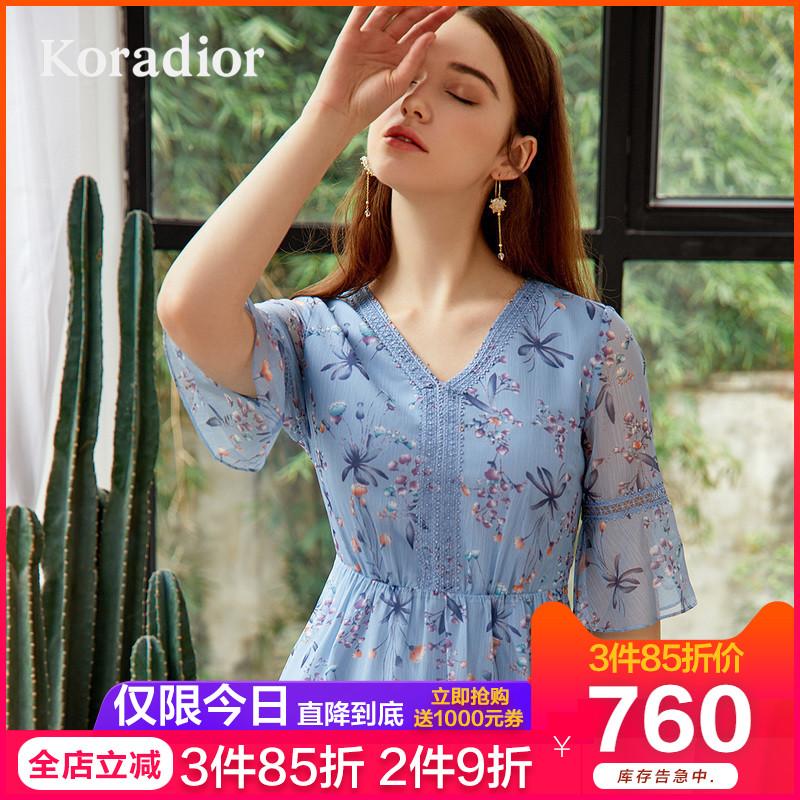 Koradior/珂莱蒂尔品牌女装2019夏装新款碎花雪纺修身v领连衣裙女