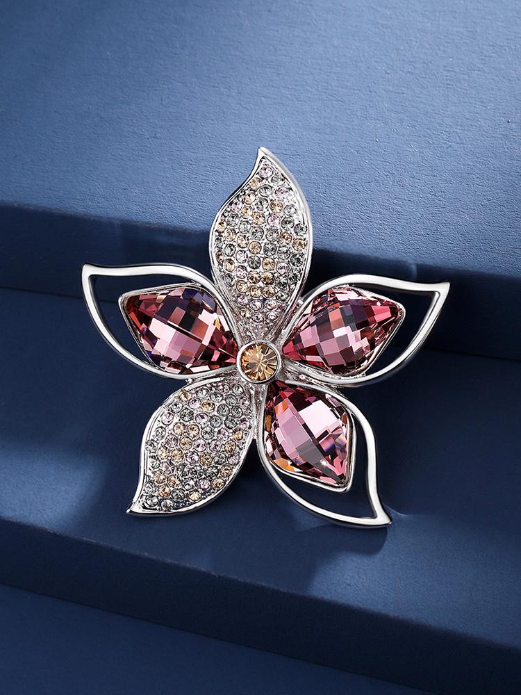 Flower suit brooch Women's accessories Elegant high-grade exquisite diamond-set corsage coat dress pin atmospheric accessories