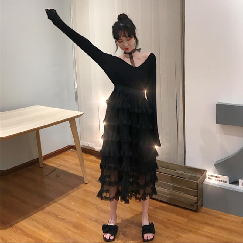 实拍2018港味秋冬新款挂脖网纱V领打底黑色蕾丝蛋糕裙
