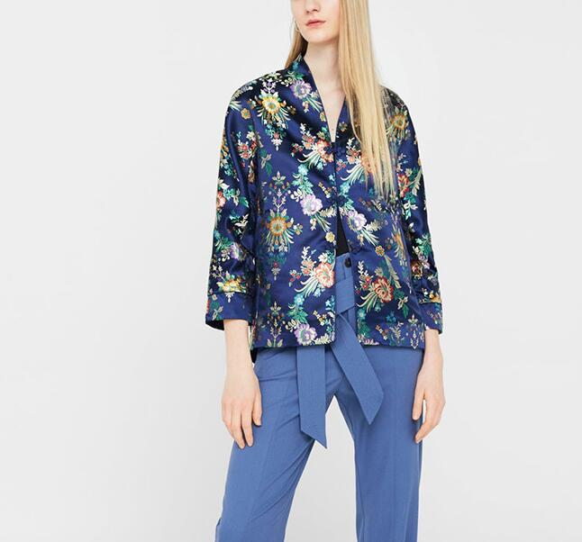 Folding European and American womens fine work bright line embroidery jacquard satin LONG SLEEVE BLUE Hefeng jacket