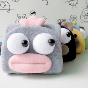 PLUMO皮洛姆卡通学生钱包韩版萌可爱原创多功能毛绒钱夹卡包短款