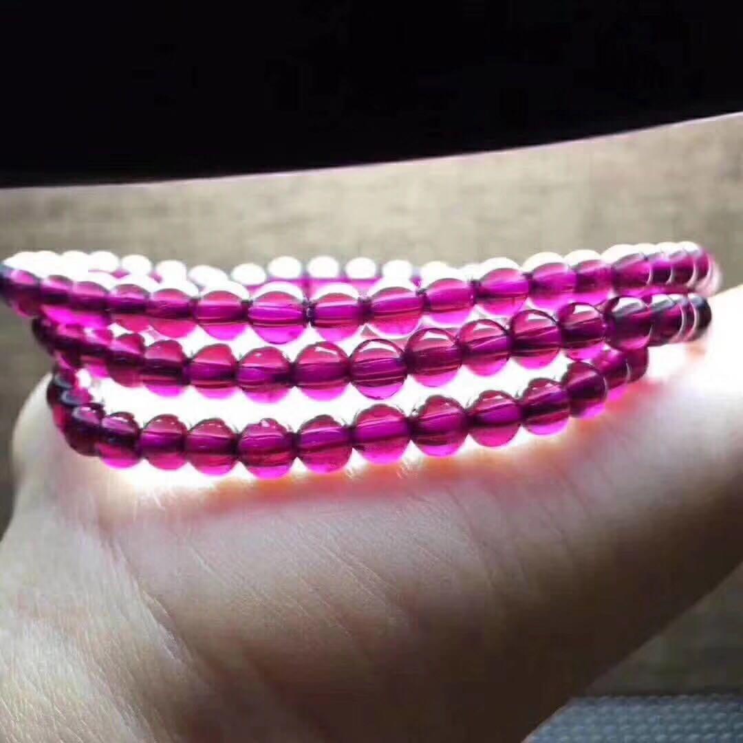 新货5毫米紫牙乌三圈石榴石手链,晶体干净,颜色紫,性价比高