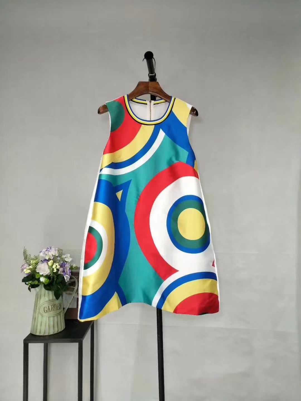 女装品牌连衣裙