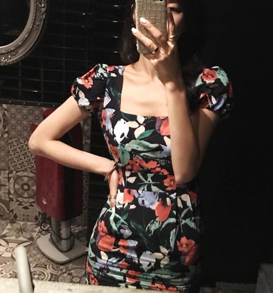 18年夏季新品韩国正品名媛气质方领泡泡袖印花显瘦长裙连衣裙