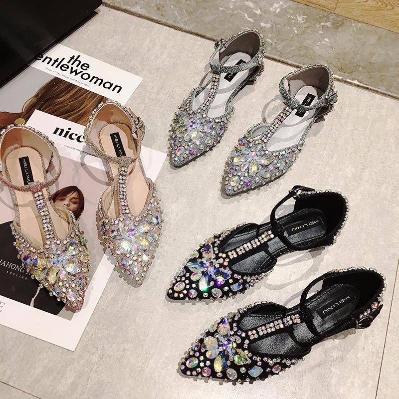 水钻女鞋平底尖头凉鞋女低跟带钻女士包头一字带蝴蝶结满钻豆豆鞋