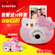 Полароид Fujifilm Instax Mini8 Hellokitty