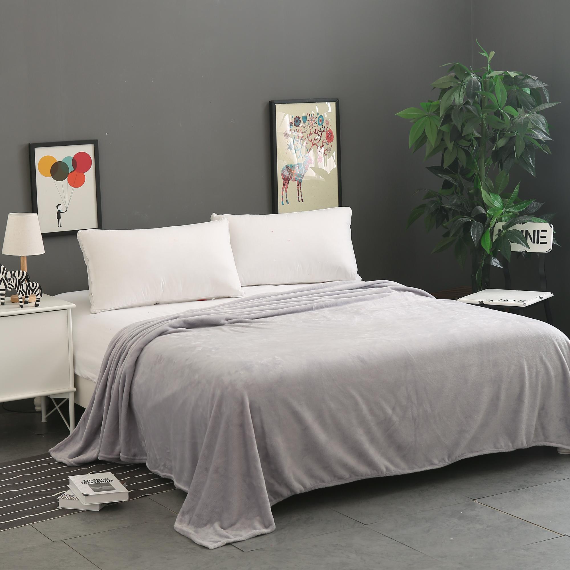 夏季法莱绒毛毯纯色珊瑚绒盖毯床单午睡空调毯沙发毯薄款瑜伽毯