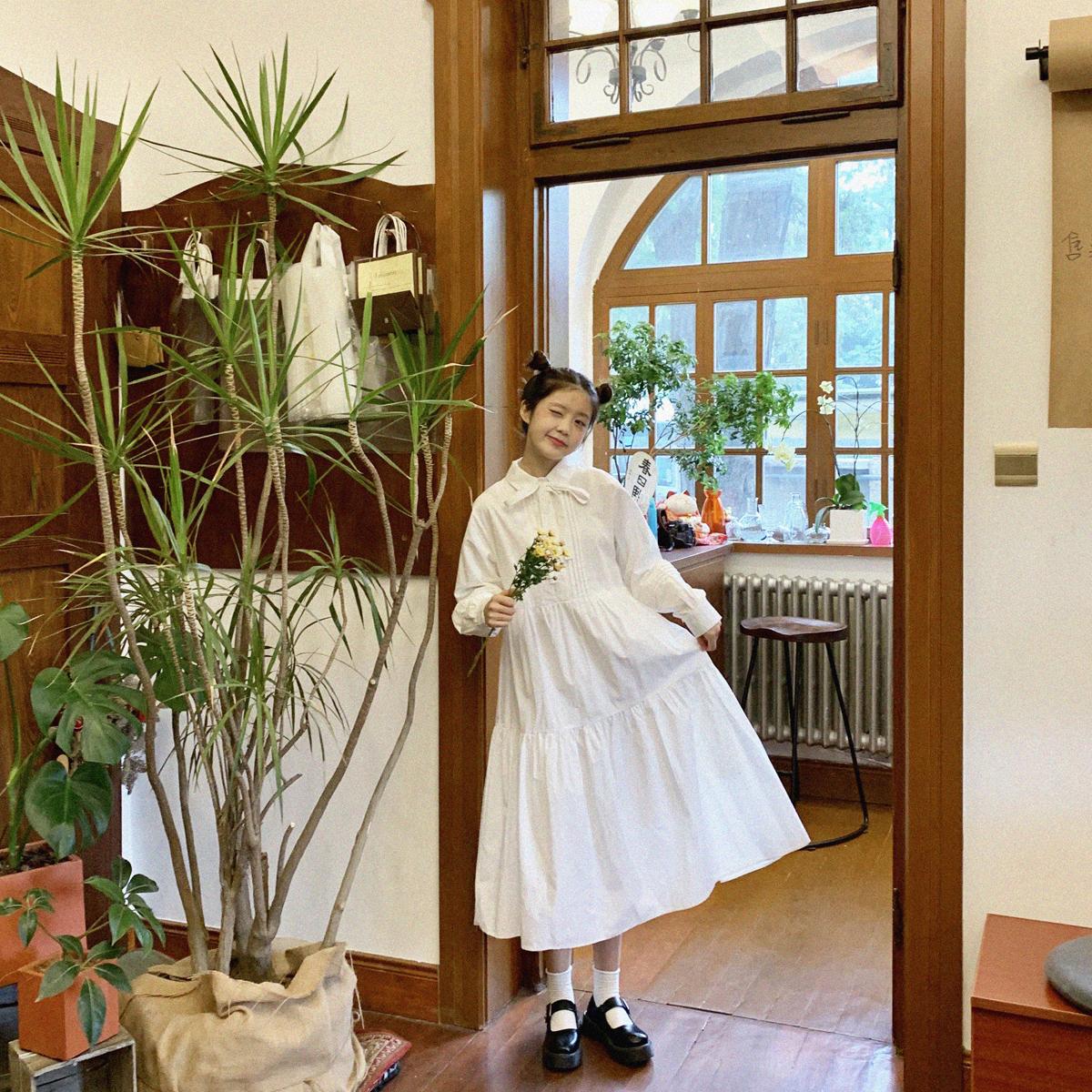 YUKIXIAOSHU自制白色黑色系带纯色日系宽松显瘦长裙连衣裙女20秋