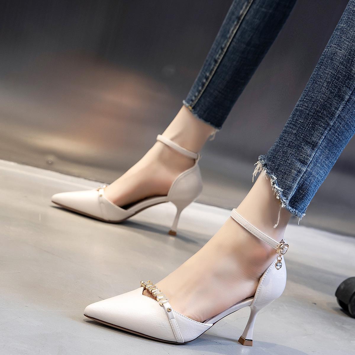 7cm高跟凉鞋女2021新款夏季休闲时装时尚仙女风搭扣尖头细跟女鞋