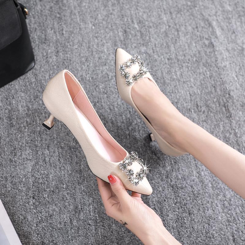 单鞋女两穿2020秋新款3厘米高跟鞋5cm细跟小跟米白色水钻尖头鞋潮