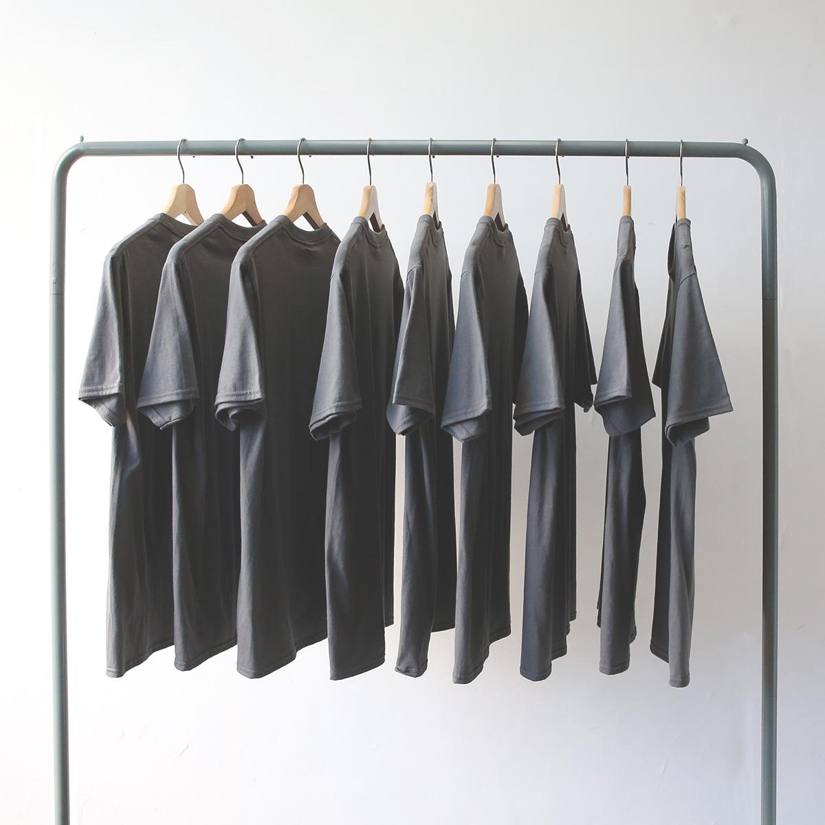 夏季 百搭纯棉纯色简约 深灰色 炭灰色短袖t恤男 女 宽松情侣bf风