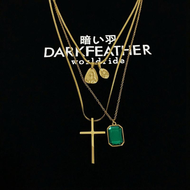 18SS Goddess Cross Necklace 圆牌圣母十字架金色搭配短项链男女