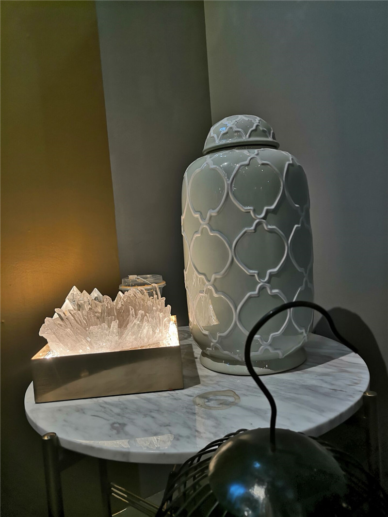 Modern Chinese light luxury crystal Lotus Lamp Art Gallery Zen national style restaurant designer personalized lighting
