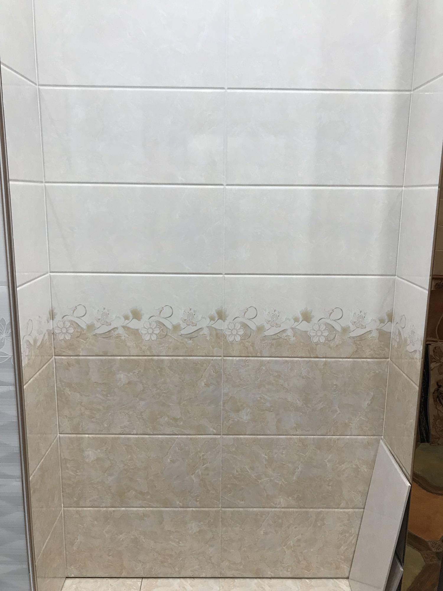 卫生间厨房阳台瓷砖温馨家庭风家装质量优良300600