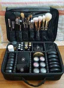 专业隔板收纳大号化妆箱包化妆师跟妆手提美容工具包纹绣工具箱韩