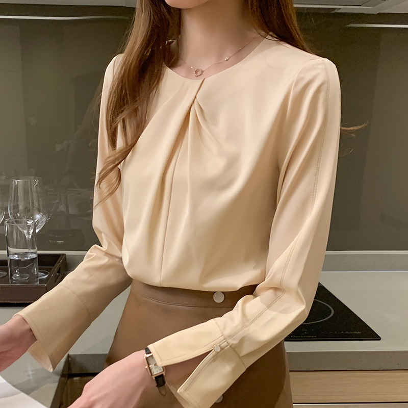 Womens chiffon shirt long sleeve 2020 spring and autumn new casual round neck top loose shirt design