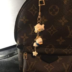 卡通可爱少女迪士尼唐老鸭米奇爆米花airpods挂件钥匙扣生日礼物