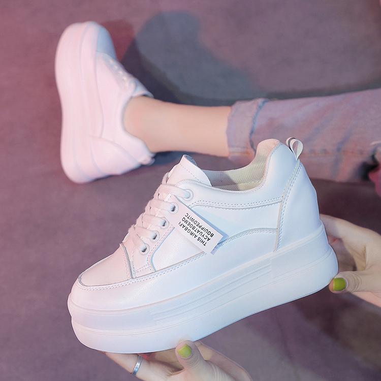 鞋子女内增高2020春秋款学生韩版厚底小白鞋女运动防水百搭休闲鞋