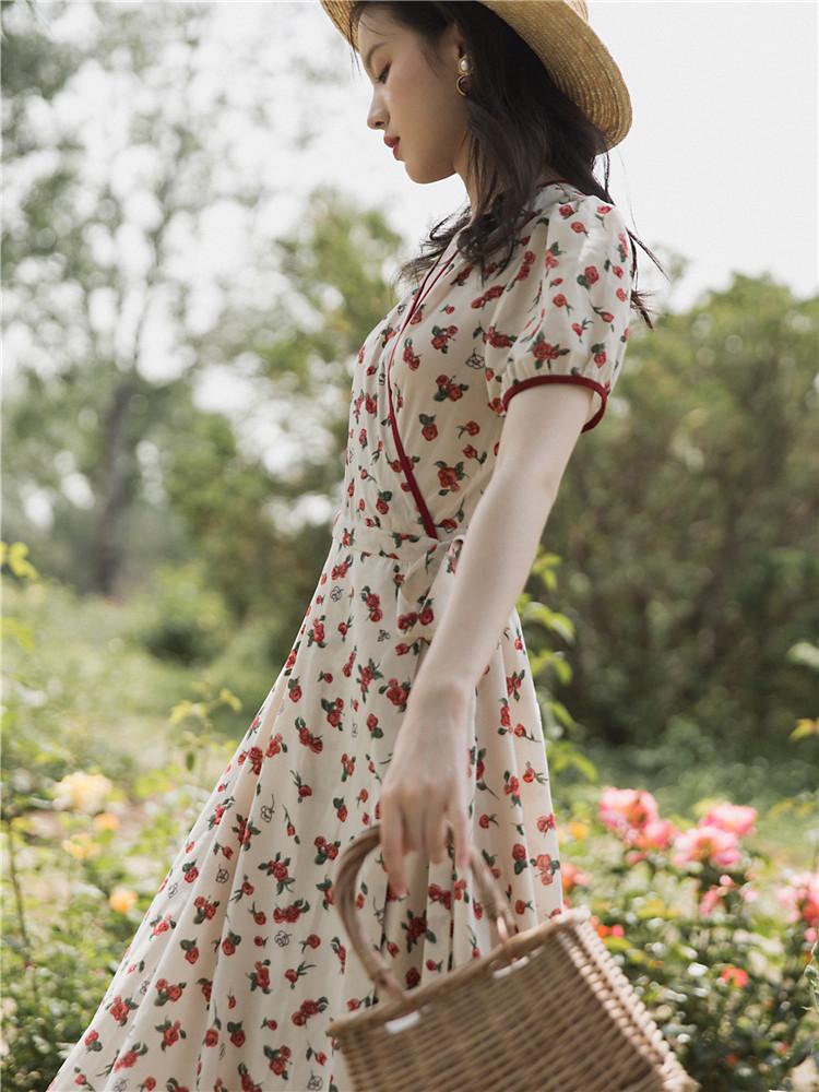需要用券法式复古裙过膝一片式玫瑰女裹身裙