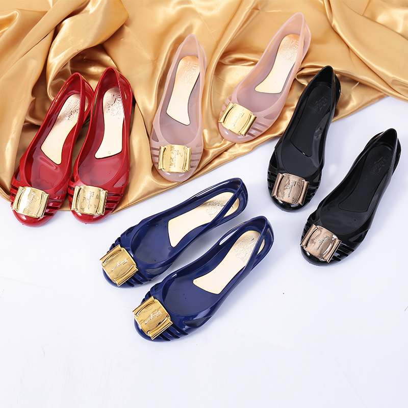 Sandals womens new jelly shoes crystal flat sandals inner raised beach shoes Square button slope heel plastic export womens shoes