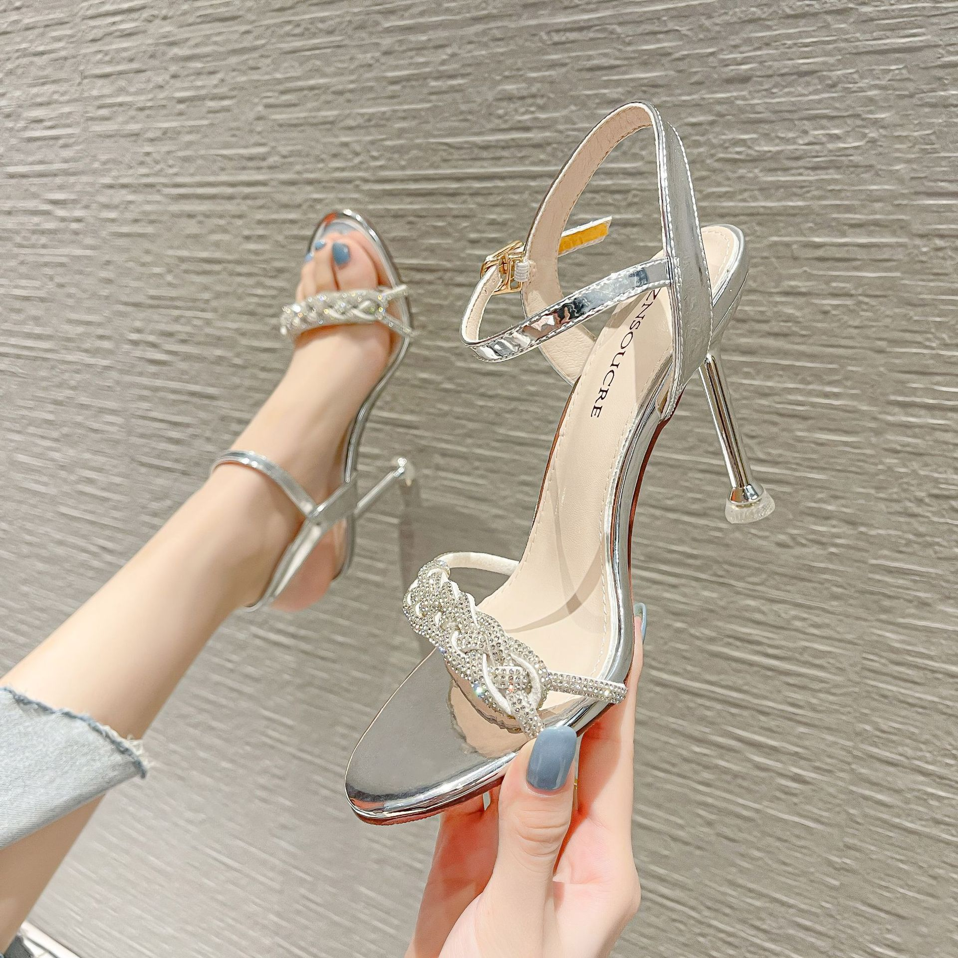 Rhinestone sexy Ribbon Sandals with round head braided heel and ankle new 101226 high heel winding 2021