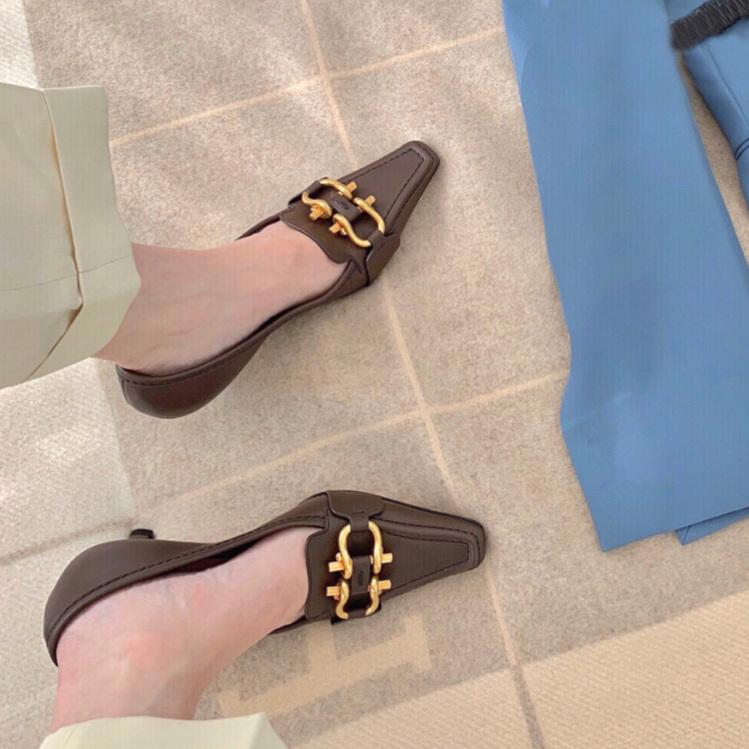 复古小方头中跟鞋女真皮鳄鱼头低跟金属扣法式高跟鞋中古欧货单鞋