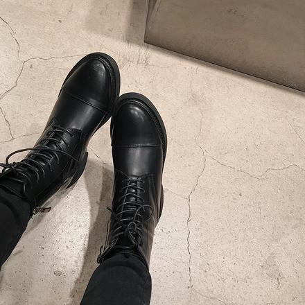 【钱夫人】CHINSTUDIO定制 少女骑士率性气质黑色绑带小皮靴